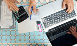 תוכנית תגמול ושכר לאנשי מכירות בחברות